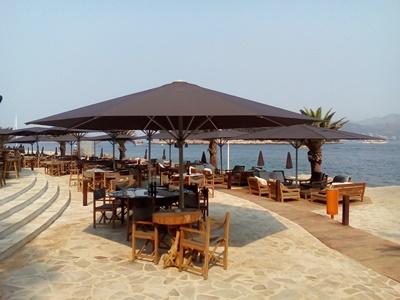 Beach bar at Cava beach