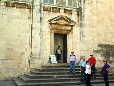 Main entrance to the Cathedral