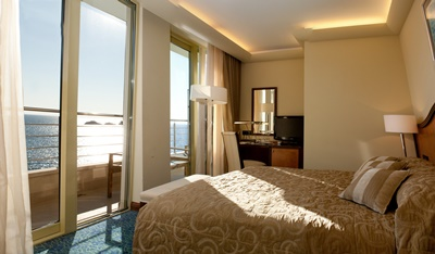 Double room with a balcony