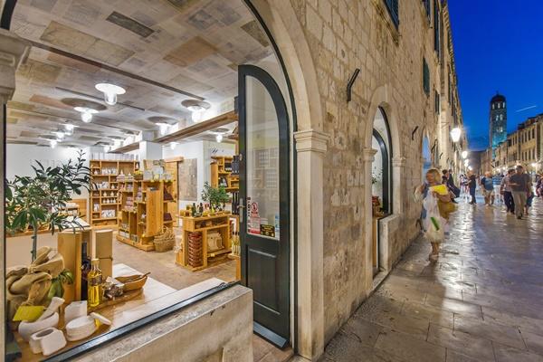 Oleoteca Uje on Stradun street in Dubrovnik