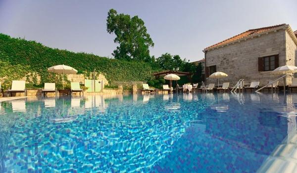 5-star Hotel Kazbek